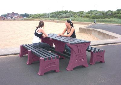 Prima Table & Bench Set 2