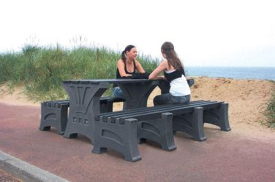 Prima Table & Bench Set 3