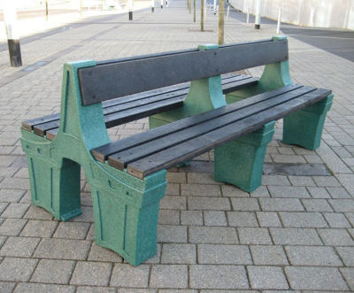 6 Person Double Sided Seat - Green