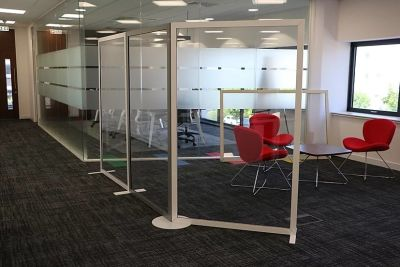 Protection Screen Meeting Space