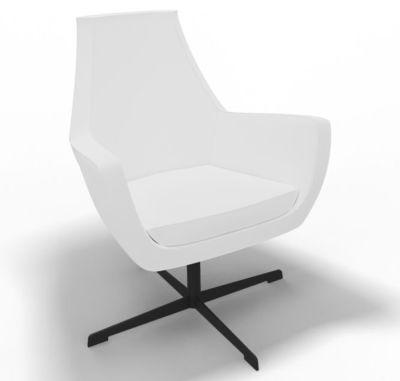 Oregon Antibacterial Vinyl Low Swivel Lounge Chair